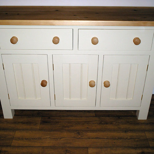 Kitchen furniture by black barn crafts kings lynn norfolk for Cheap kitchen unit doors
