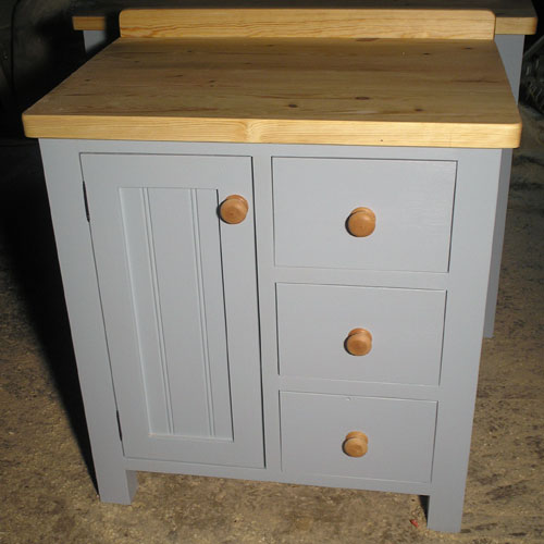 Kitchen furniture by black barn crafts kings lynn norfolk for Narrow kitchen units